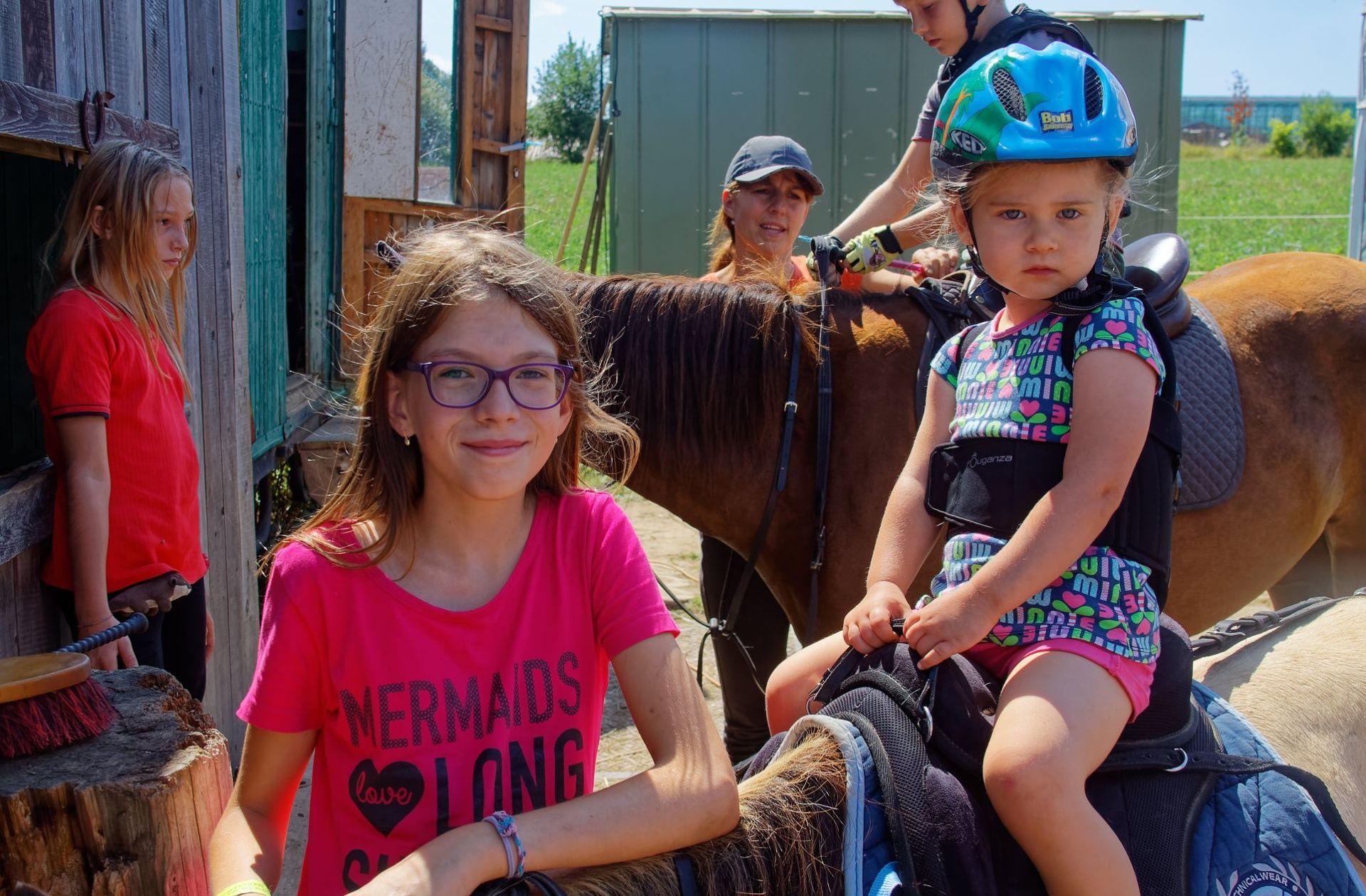 Dětské pobytové tábory u koní zaměřené na jízdy na koních